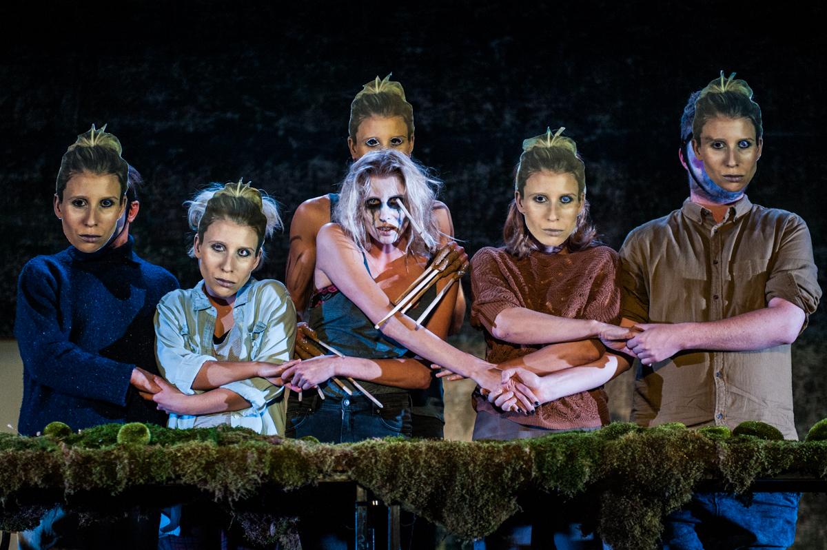 DYBUK, directed by Anna Smolar, premiere: 4.12.2015, Hieronim Konieczka Polski Theatre in Bydgoszcz. Photographer: Monika Stolarska.